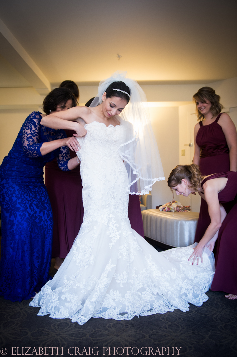 pittsburgh-wedding-photographers-doubletree-pittsburgh-sacred-heart-elizabeth-craig-photography-6