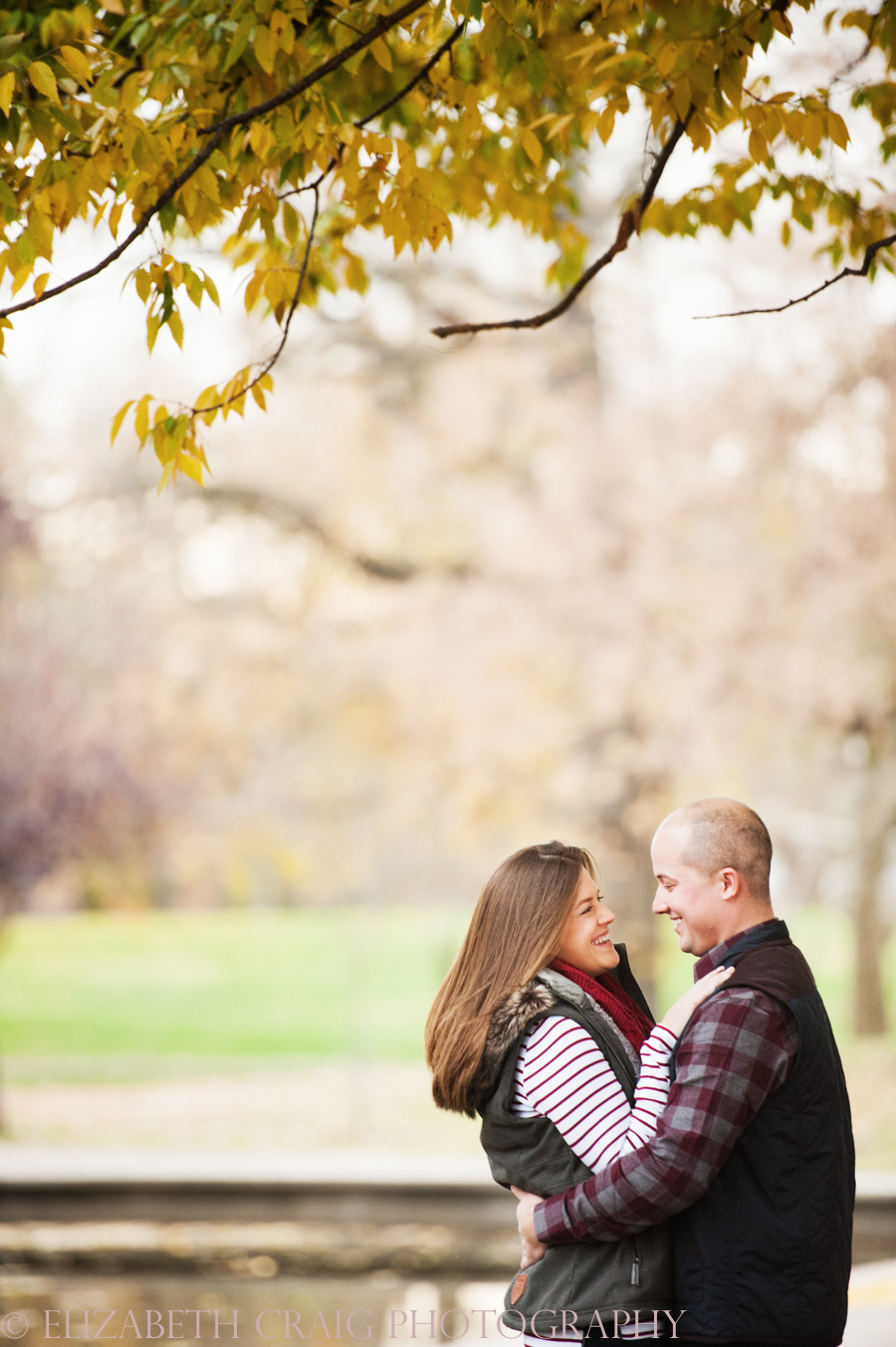 fall-engagement-photos-pittsburgh-elizabeth-craig-photography-002