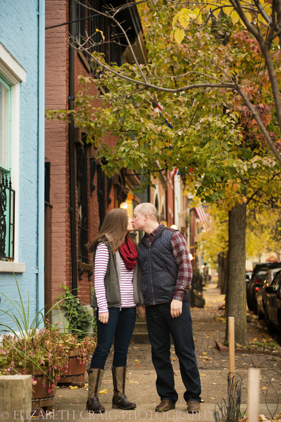 fall-engagement-photos-pittsburgh-elizabeth-craig-photography-012