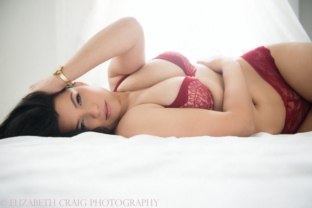 valentines-day-2017-boudoir-photography-special-007
