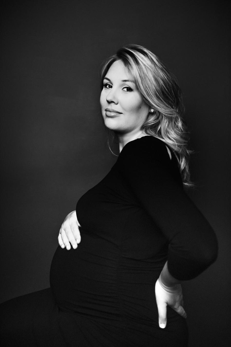Philadelphia Maternity Boudoir Photographer-1-2