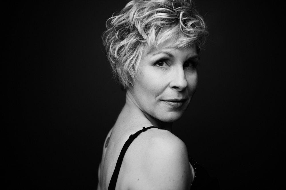 Elizabeth Craig Boudoir Photography-11