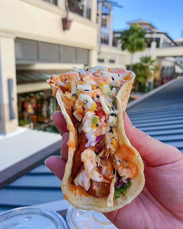 Can we just taco bout how delicious our TACOS 🌮 • made with soft tortilla, kimchi, lettuce, cabbage, spicy aioli, black sesame seeds, onion, and cilantro • #seoulmix