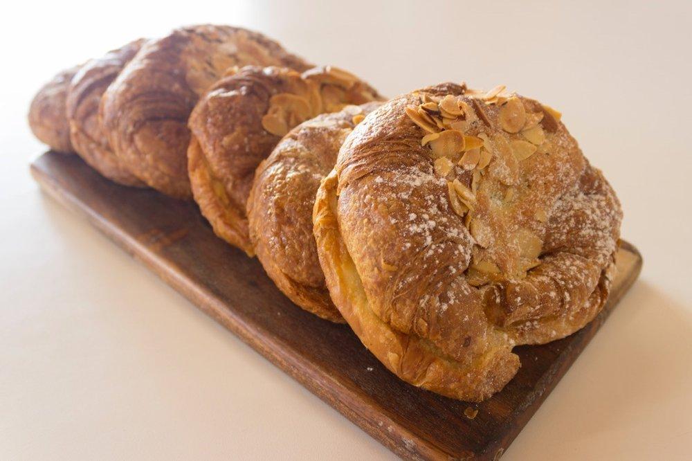 Almond Croissant .jpg