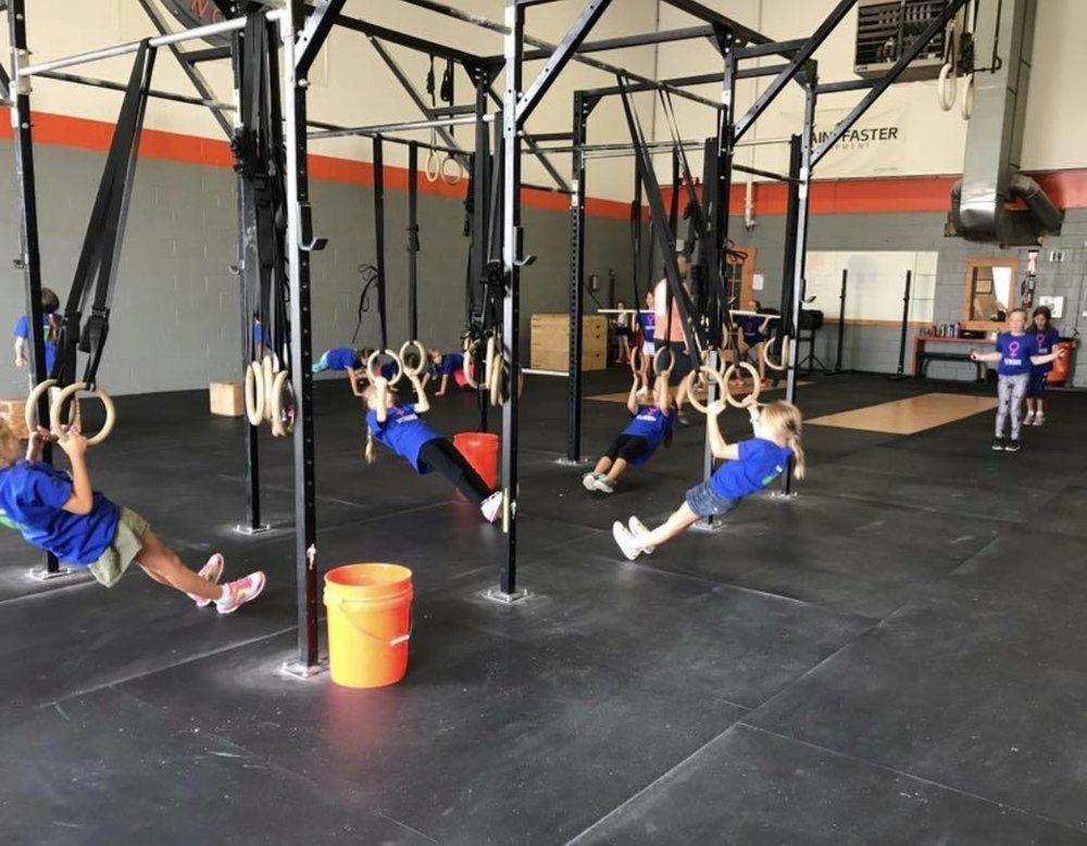 Everyone can do ring rows!