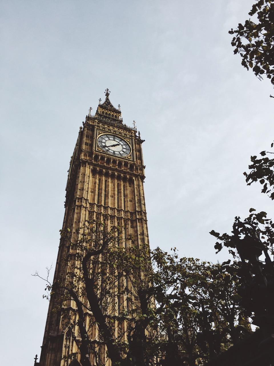 London-on-foot-Lorraine-Yeung-20.jpg