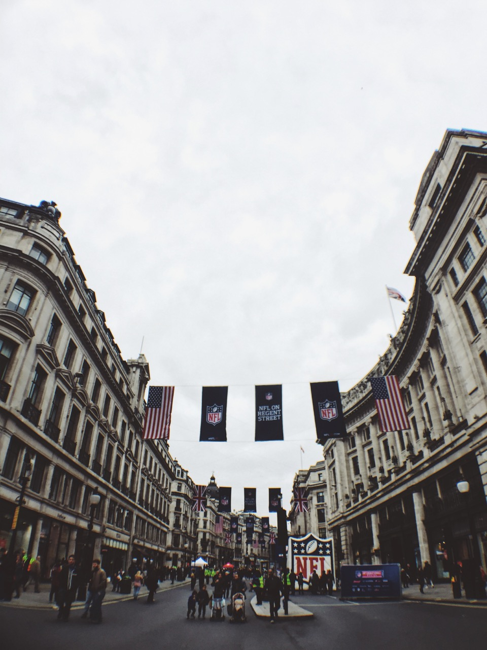 London-on-foot-Lorraine-Yeung-5.jpg