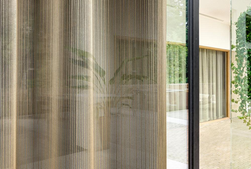 Vescom - curtain - Fogo.jpg