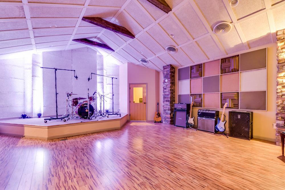 Lucero Studio-33.jpg