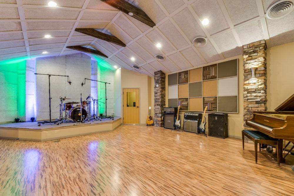 Lucero Studio-29.jpg