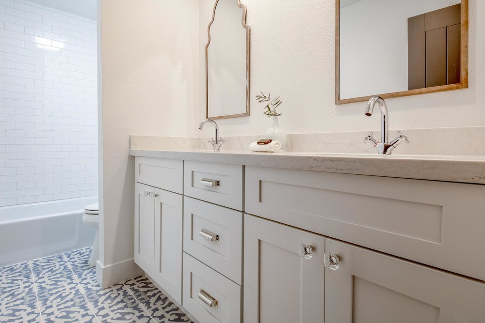 Washing area sink and faucet with two large mirror