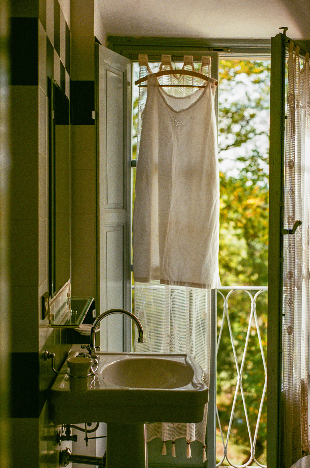 Rooms_and_bathrooms-34.jpg