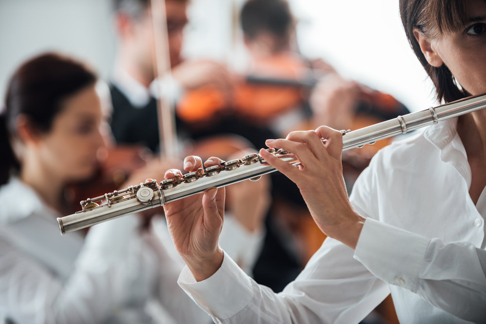 professional-flute-player-performing-XS4NUC8.jpg