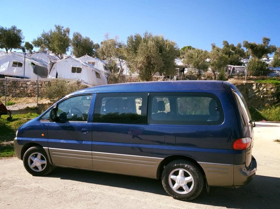 lesvos - refugee4refugees - We helped grassroots volunteers in Lesvos save over 1.000€ per month on minivan hire by buying a minivan which they use to transport up to 150 refugees a day from Moria Refugee Camp to their clothes distribution centre.