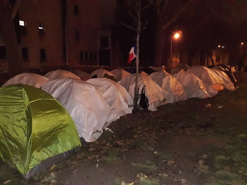 Paris - Paris Refugee Ground Support - We helped provide thermal snug packs comprising long johns, a t-shirt, gloves, socks, snood and hat, for volunteers Heather and Kelvin to distribute to homeless refugees surviving freezing conditions on the Paris streets.