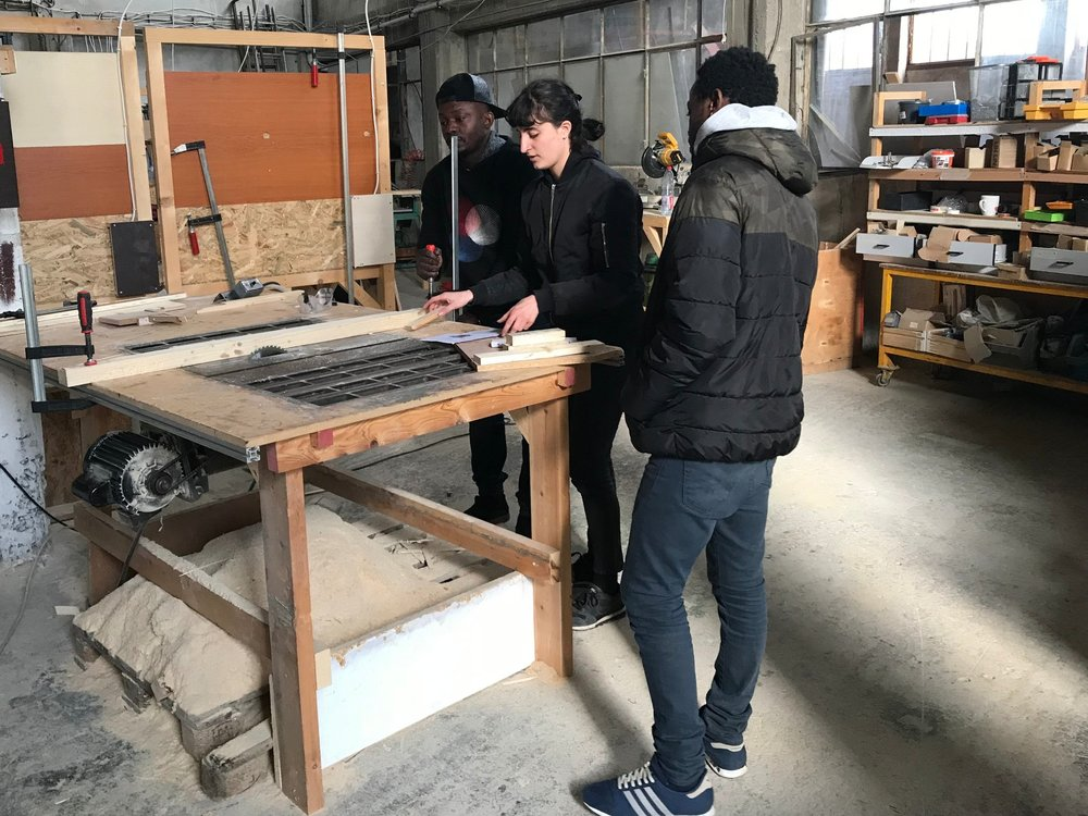 AthenS, Greece - The ANKAA Project is training 40 refugee students in jewellery-making, construction and carpentry during two months, thanks to our funding the materials needed for these practical courses.