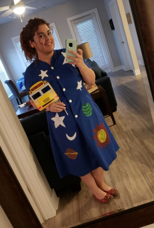 October 31st, 2018 : This year's solo costume winner at the MUSC Department of Neuroscience Annual Halloween Party was non-other than Ms. Frizzle (aka Maribel from the Otis Lab).