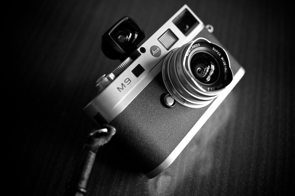 15mm Voigtlander Leica-M9-with-VC-Super-Wide-Heliar-f4.5