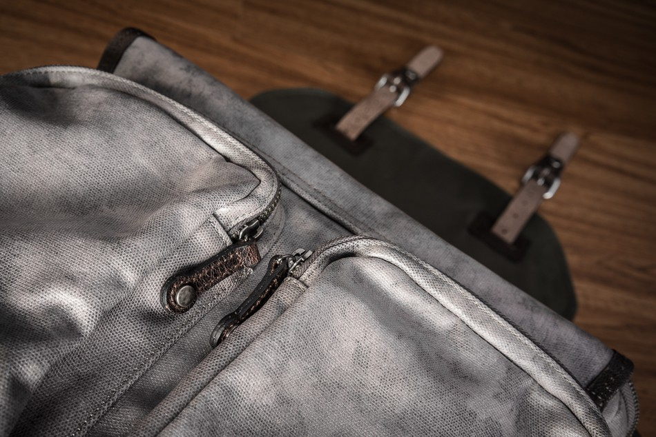 Wotancraft City Explorer Avenger Review Zip Detail