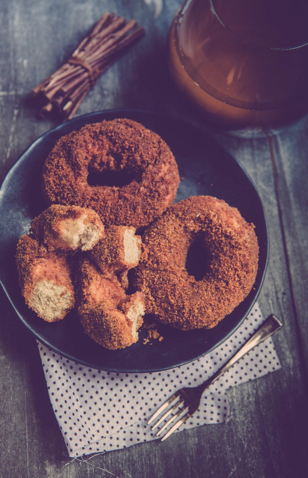 apple cider donuts.jpg