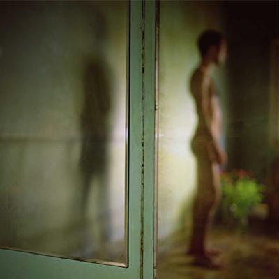 ©Mona Kuhn