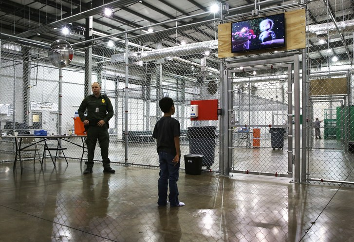 Blitzer-Why-Are-undocumented-Minors-Spending-So-Much-Time-In-Custody.jpg