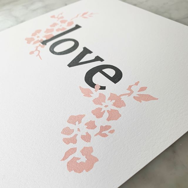 Anyone else love spring as much as I do? If only Mother Nature would get the memo... Pochoir flowers on these beauties are making me long for some on our deck.  _____________________  #letterpress #pochoir #newwork #comingsoontoetsy #love #wedding #weddingguestposter #spreadthelove
