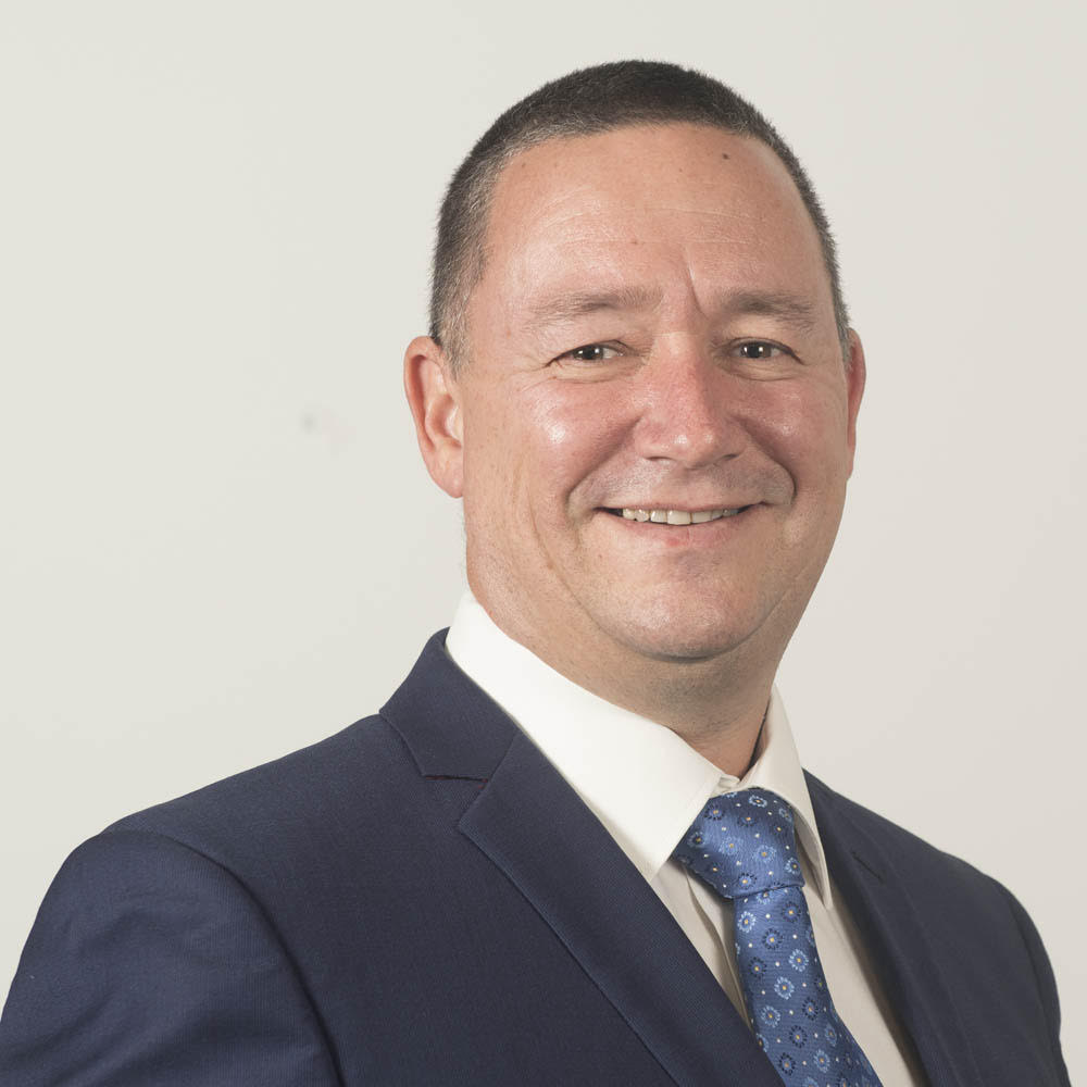 Juan Jeffery - Co-founderIIOT exposure to blockchain architechure and applications in built environments.Extensive global mining, resources and oil & gas, M&A and royalty agreements expertise. Experienced in resources asset selection, investment, development, operations, corporate and board governance, Australian accredited finance advisor, KYC, AML