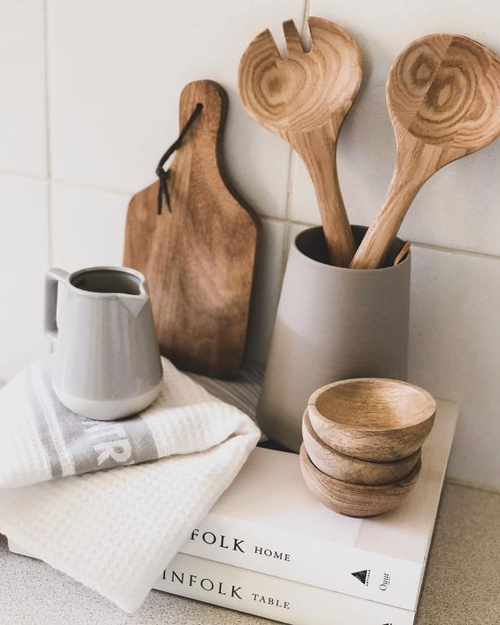 Kitchen utensil styling, via  Pinterest .