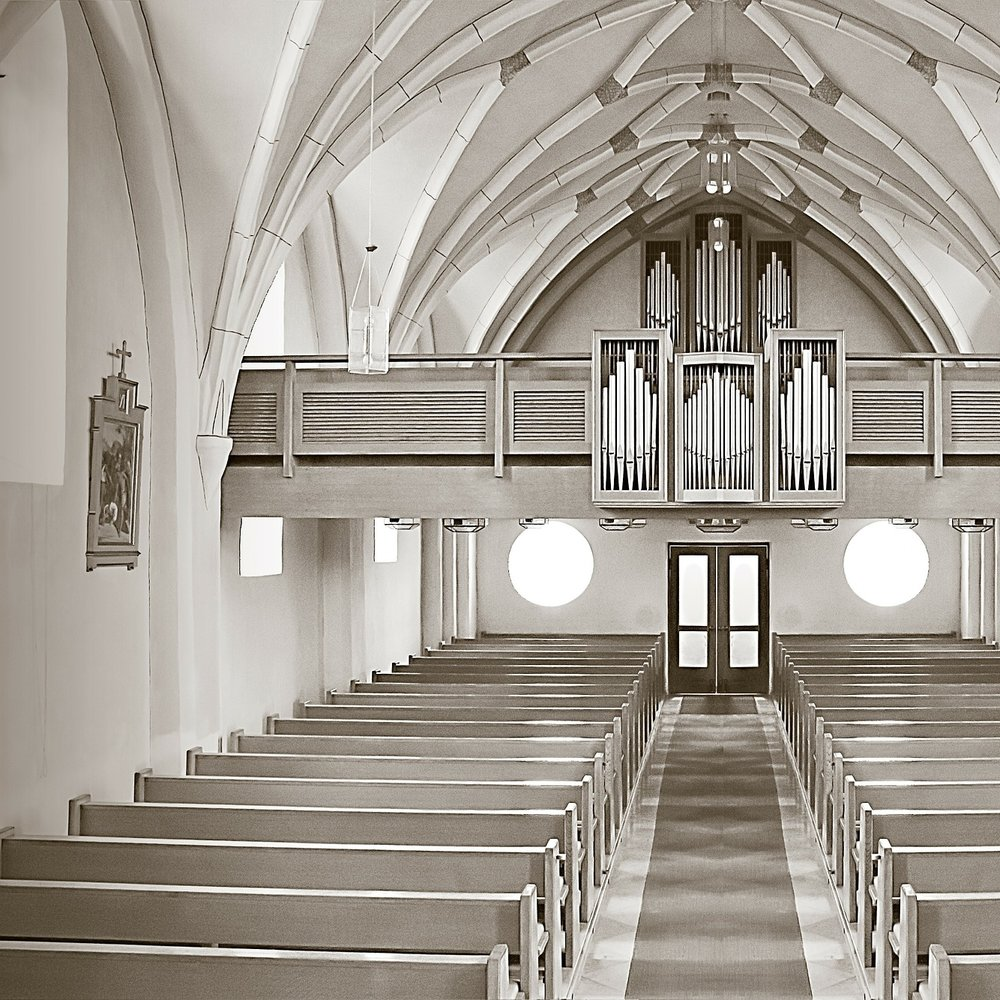 Worship Spaces - Congregations need to feel like one big community, whether listening to a speech or rock'n'roll.Read more or Ask us for advice