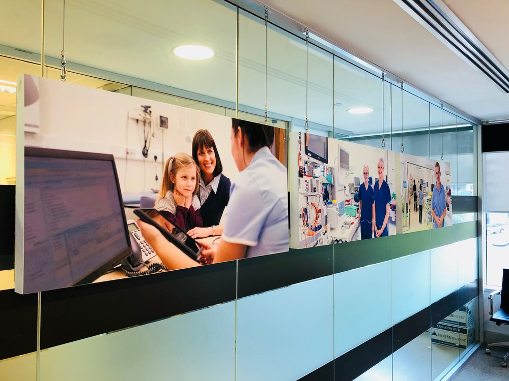 Reducing noise in a medical centre with printed acoustic modules