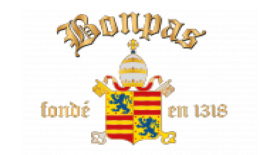"Bonpas Charterhouse酒店俯瞰着阿维尼翁镇附近的Durance River河,是一座坚固的修道院,由12世纪耶路撒冷圣约翰医院的骑士团建造。 它的名字与汹涌的Durance河的历史有关,这条河只能在位于修道院正下方涉水穿过。 Bonpas的名字来自拉丁语""bonus passus?#20445;?#24847;思是""安全的渡口""。"