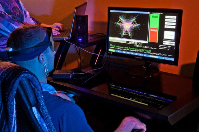 brainpaint-neurofeedback-brain-training-session.jpg