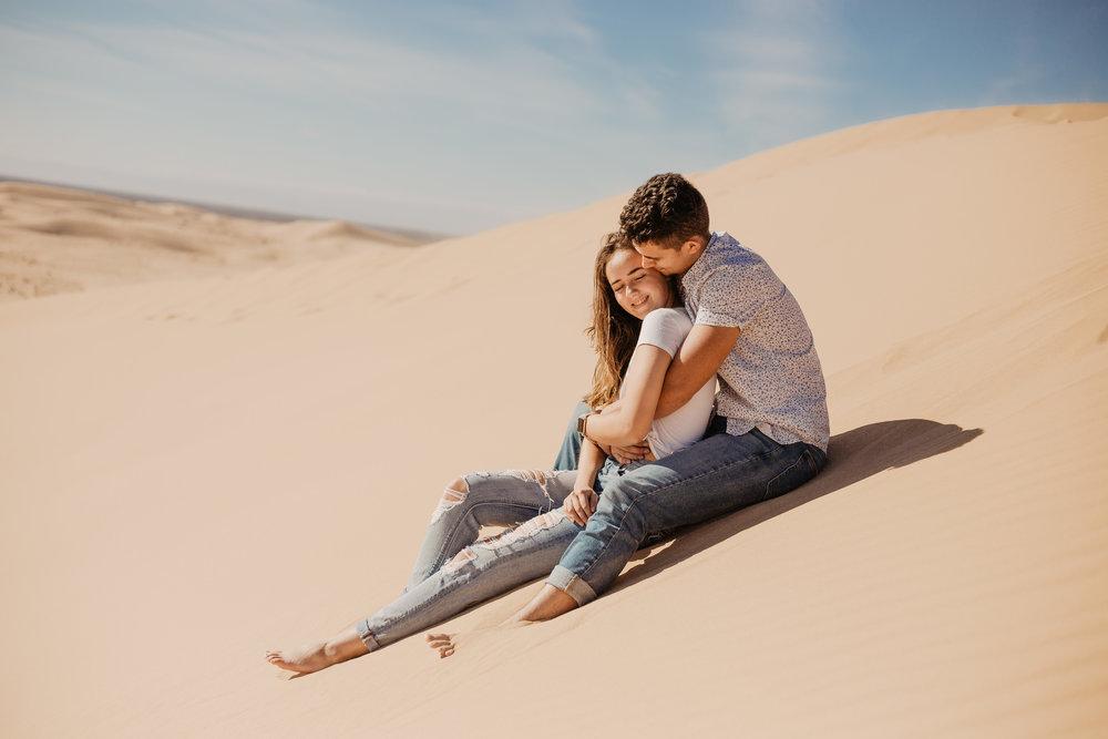 Aaron + Tessera Glamis Sand Dunes-135.jpg