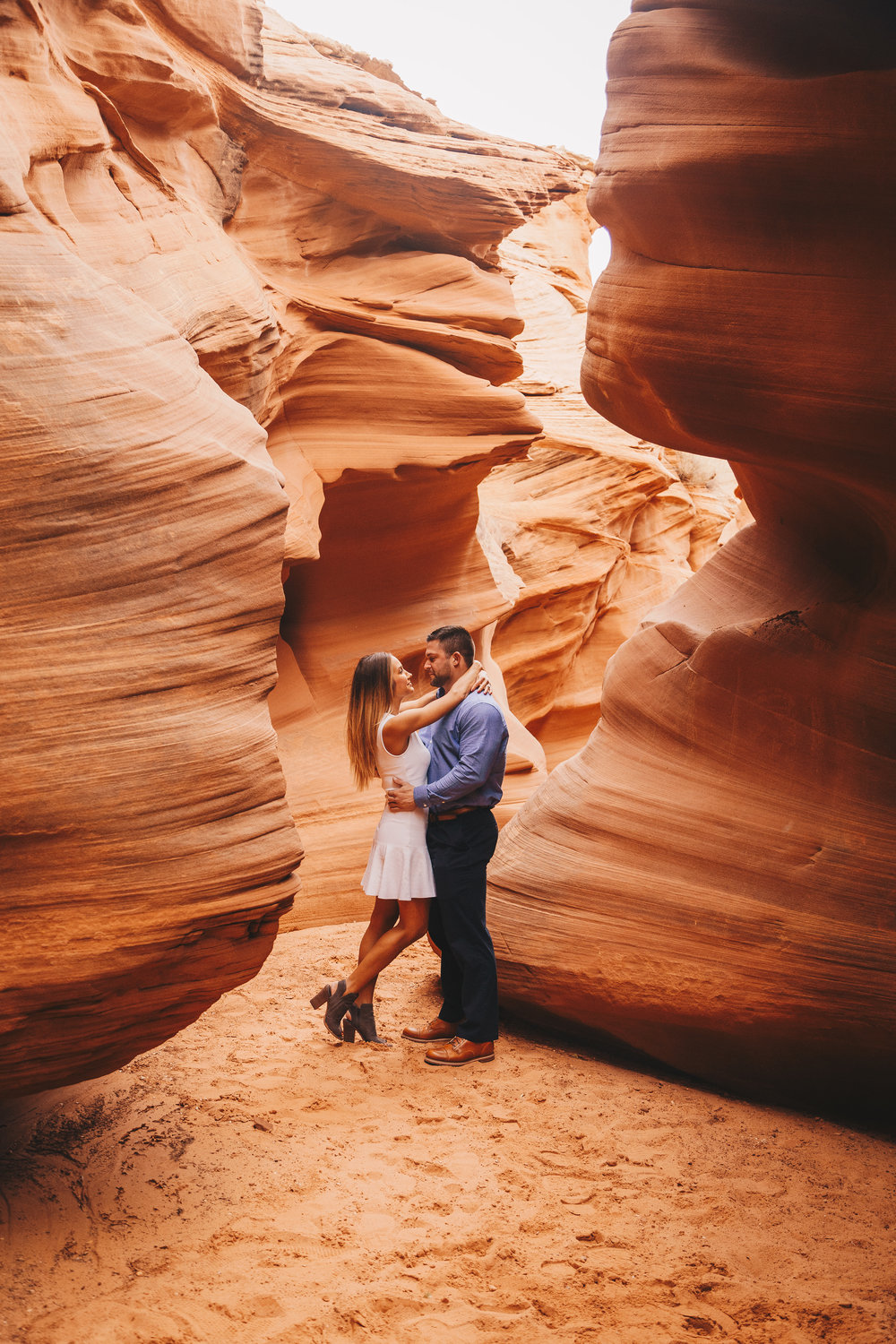 Antelope Canyon Engagement-9.jpg