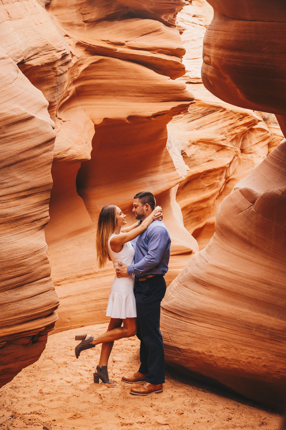 Antelope Canyon Engagement-10.jpg