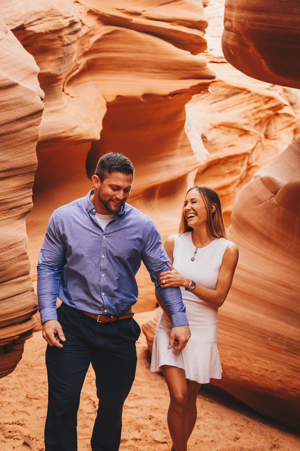Antelope Canyon Engagement-12.jpg
