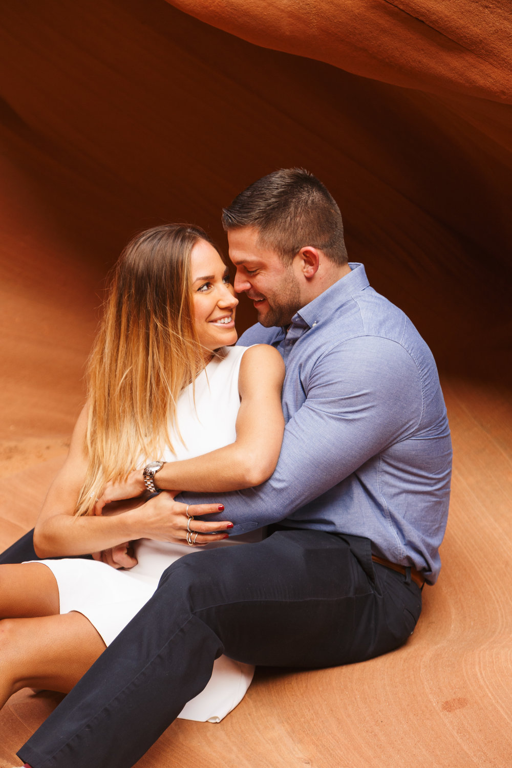 Antelope Canyon Engagement-16.jpg