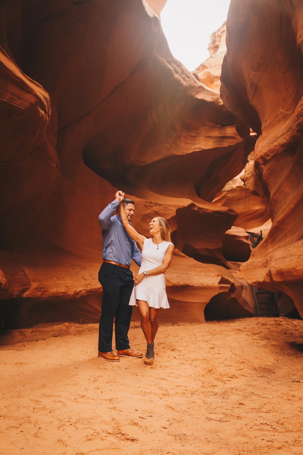Antelope Canyon Engagement-21.jpg