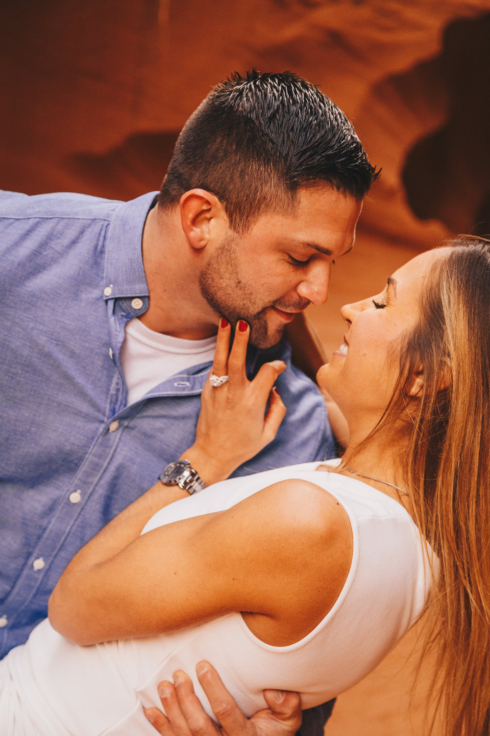 Antelope Canyon Engagement-23.jpg