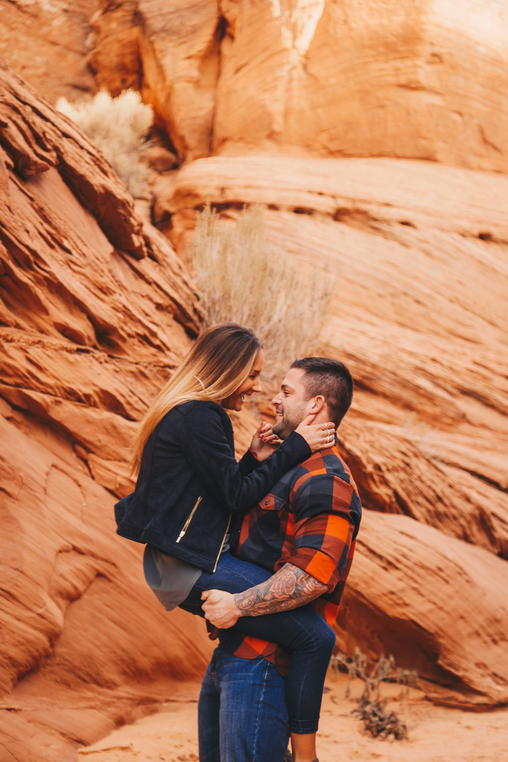 Antelope Canyon Engagement-48.jpg