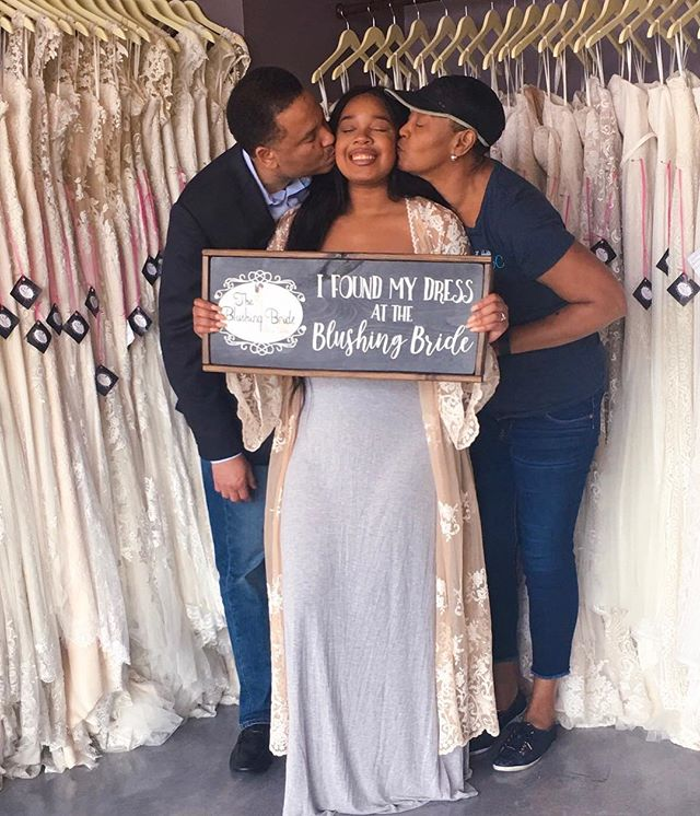 I said YAAAAASSS to my  D R E A M dress today 👰🏽🍾🥂 #BringHerToBonnick