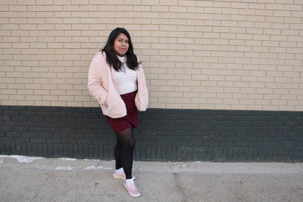 pastel in winter, pastel colors winter, plus size pastel colors, plus size wearing pastel, winter outfit plus size, plus size outfit ideas, paster color fashion rules