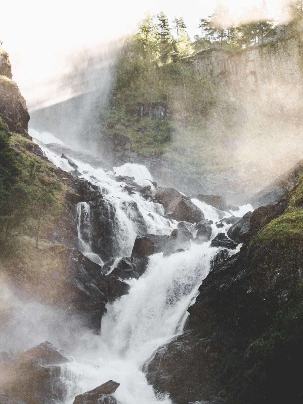 cascada-1050093.jpg