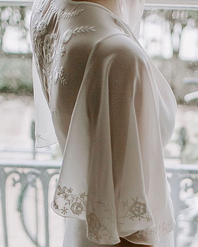 EMBROIDERY // The Camile dress with embroidered flutter sleeves and sheer back detail.⠀ ⠀ Unique embroidery designs can also be incorporated into a bespoke gown.