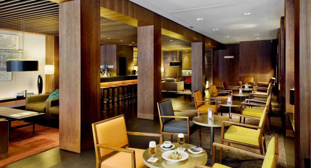 GeorgKayser_architecture_interiordesign_comercial_hotelregina_3.jpg