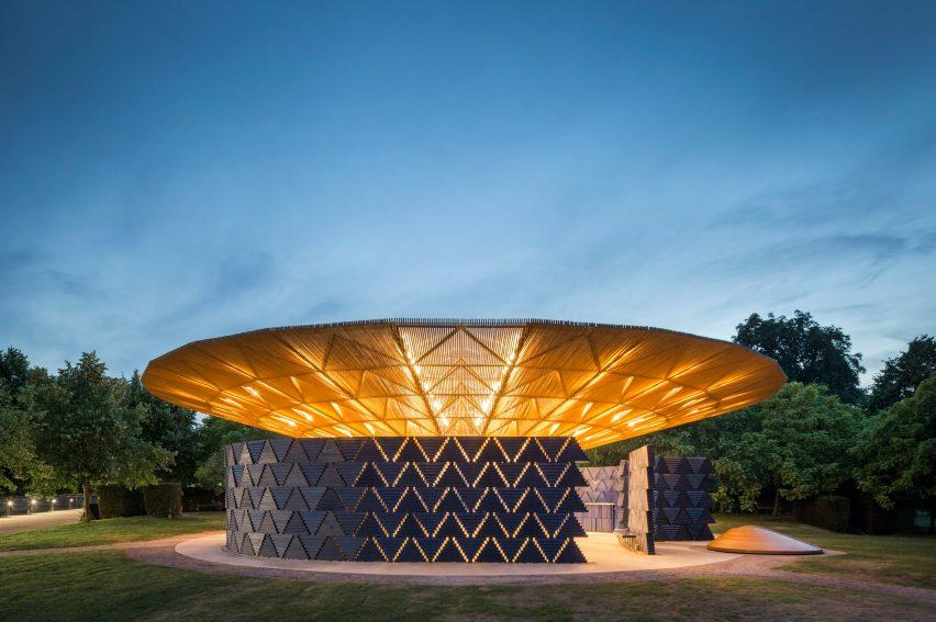 francis-kere-serpentine-architecture-pavilion_dezeen_2364_col_16-852x567.jpg