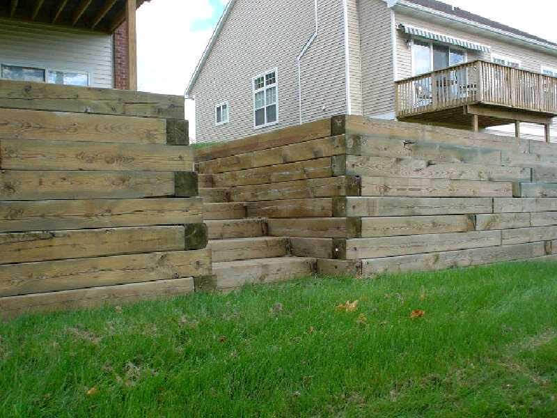 Timberwall with Timber Steps.jpg