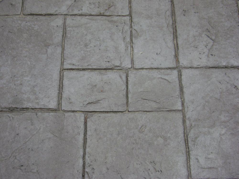 Medium Ashlar - Slate with Nutmeg Release