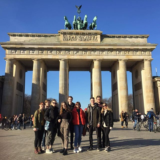🇩🇪 Team photo in Berlin! 🇩🇪 We're here to check out the sights and catch some great films at the Berlinale!